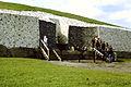 Newgrange entrance 1980.jpg