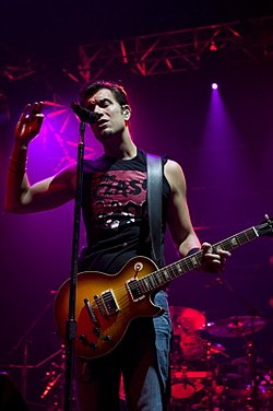 Nick Hexum of 311 (828287219).jpg