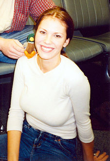 Cox during an October 2000 promotional tour for Nikki
