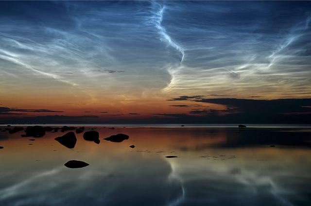 Noctilucent Clouds 640px-Noctilucent_Clouds