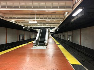 North Berkeley BART station 2016 2.jpg