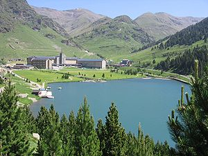 Vall de Núria - Vall de Núria - Summer view of mountain resort, sanctuary and reservoir