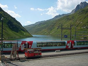 Glacier Express - Glacier Express at the Oberalp Pass (highest point)