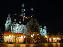 Night view of Town Hall