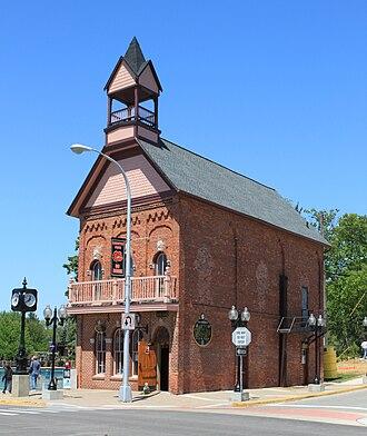 Brighton, Michigan - Image: Old Town Hall Brighton Michigan