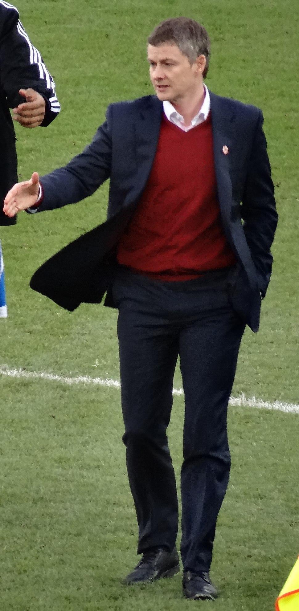 Ole Gunnar Solskjaer Cardiff manager cropped