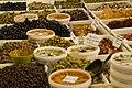 Olives et anchois à Riez.jpg