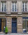 P1210383 Paris IV rue du Cloitre-Saint-Merri rwk.jpg