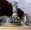 P1330725 Paris VI fontaine 4 parties monde rwk.jpg