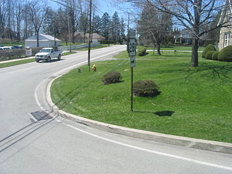 Pennsylvania Route 31 - A view of southbound PA 281 at the western terminus of the concurrency.