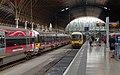 Paddington station MMB B0 332003 165106.jpg