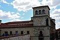 Palacio de los Guzmanes - Flickr - Cebolledo (1).jpg