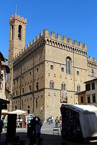 Palazzo del bargello visto da piazza san firenze.JPG