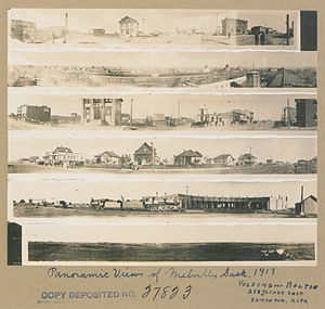 Melville, Saskatchewan - Panoramic views of Melville, 1913.