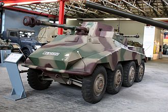 330px Panzermuseum Munster 2010 0404 - German Tank Destroyer Side Tree