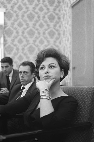 Haya Harareet - In a press conference for Ben-Hur in Amsterdam, Netherlands, 1960