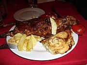 Cochon d'inde servi rôti au Pérou.