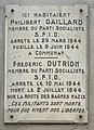 Plaque à l'angle de l'Avenue de Saxe et de la rue Dunoir (Lyon) en hommage à Philibert Gaillard et à Frédéric Dutrion (1944).jpg