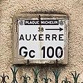 Plaque Michelin - Auxerre à Châtel-Censoir (Yonne, France).jpg