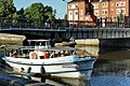 Pleasureboat near Honig Brücke - panoramio.jpg