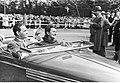 Pokaz i konkurs piękności samochodów zorganizowany przez Automobilklub Polski w parku im. Ignacego Jana Paderewskiego w Warszawie (1-S-2860-5).jpg
