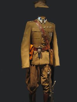 Mundur ppor. Edwarda Taraszkiewicza, oficera zrzeszenia Wolność i Niezawisłość, uwagę zwraca ryngraf z wizerunkiem Cudownego Obrazu na lewej piersi