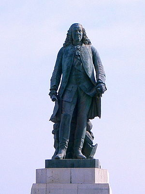 French East India Company - Monument to Joseph François Dupleix in Pondicherry.