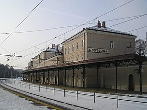 Postojna train station.jpg
