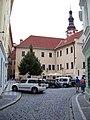 Průchodní 1, Konviktská 26 a kostel svatého Bartoloměje.jpg