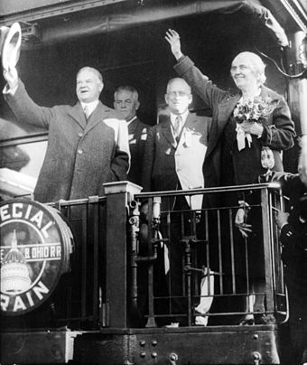 Herbert and Lou Henry Hoover aboard a train in Illinois President & Mrs Hoover in Belvidere IL cph.3b12319.jpg