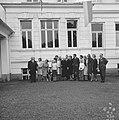Prinses Beatrix en Claus bezoeken Hitzacker, prinses Beatrix en Claus met famili, Bestanddeelnr 918-2554.jpg