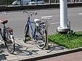 Public bicycle air pump, Beneluxlaan, Utrecht, 2019.jpg