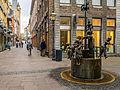 Puppenbrunnen - Krämerstraße - Altstadt Aachen - Nordrhein-Westfalen - Deutschland (21773820490).jpg