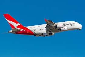 QANTAS A380 VH-OQF 4974.jpg