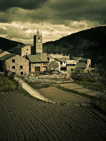 Les jardins sont prêts pour la nouvelle saison. Railleu, Pyrénées-Orientales