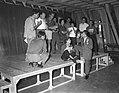Regisseur Georges Vitaly regisseert Moliers blijspel, Bestanddeelnr 907-2635.jpg