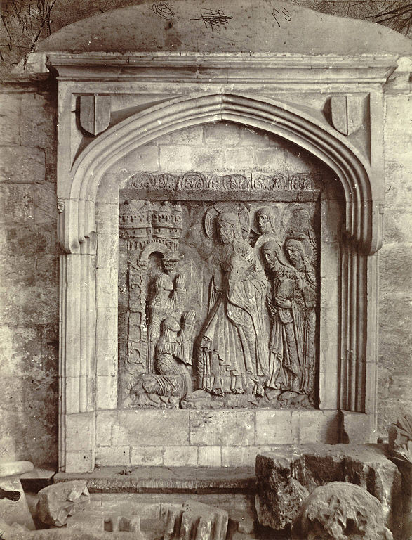 File relief carving chichester cathedral  g