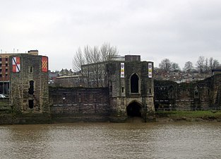Remains of Newport Castle, South Wales.jpg