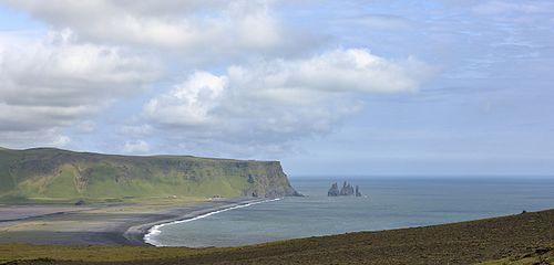 Reynisfjara and Reynisdrangar, Iceland.jpg