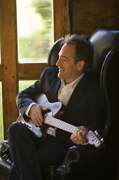 Picture of a band or musician: Richard Shindell