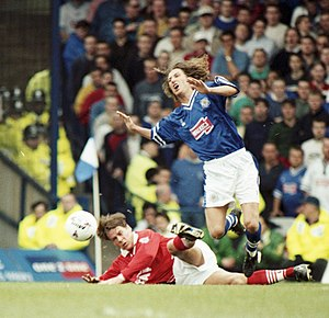 Leicester City F.C. - Robbie Savage in action against Barnsley during the 1997–98 season.