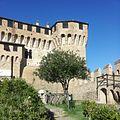 Rocca di Gradara.jpg