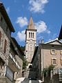 Rochepaule, vers l'église.JPG
