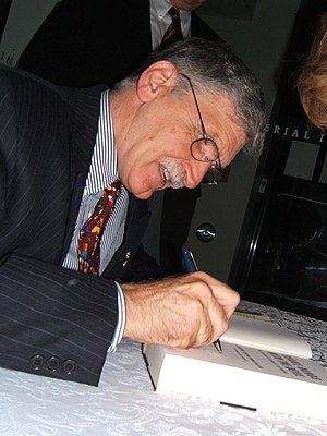 Roméo Dallaire - Dallaire signing copies of his book Shake Hands with the Devil.