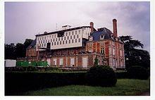 Hotel Pavillon Courcelles  Rue De Saubure