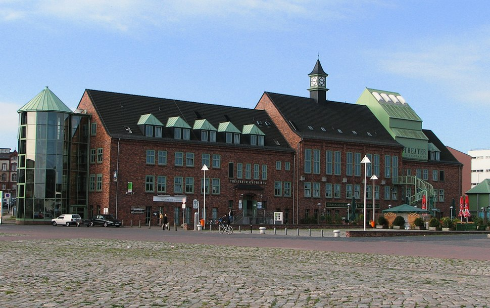 Rostock Theater im Stadthafen