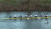 Datei:Rowing boat racing 8-man + cox.webm