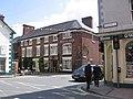 Royal Oak hotel Welshpool - geograph.org.uk - 808741.jpg