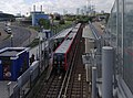 Royal Victoria DLR station MMB 02 117.jpg
