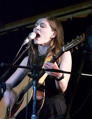 English: Soprano singer-songwriter Ruth Moody,...